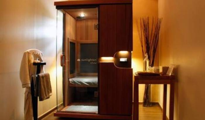 Infrared Sauna Therapy image