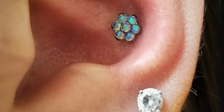 EXCLUSIVE 40% OFF on piercing service fee offer image