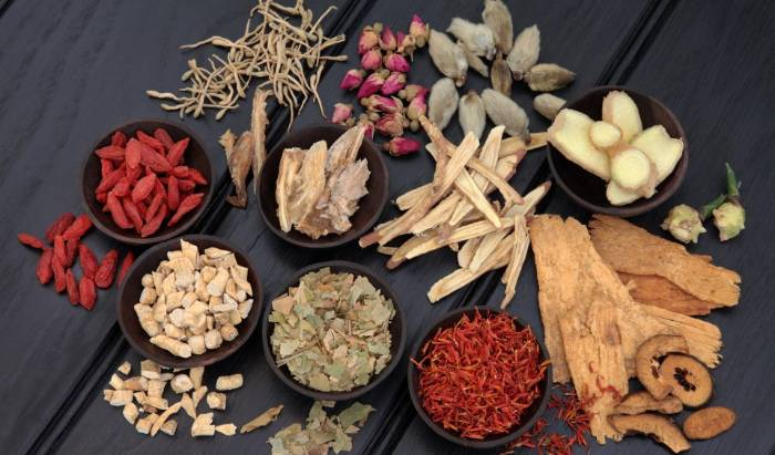 CHINESE HERBOLOGY image