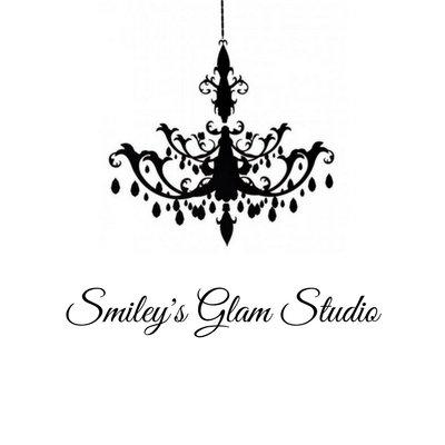 Smiley''s Glam Studio Logo