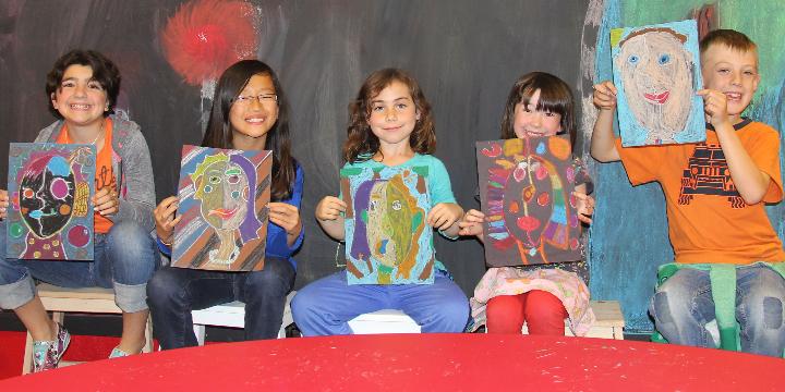 FREE ART CLASS! offer image