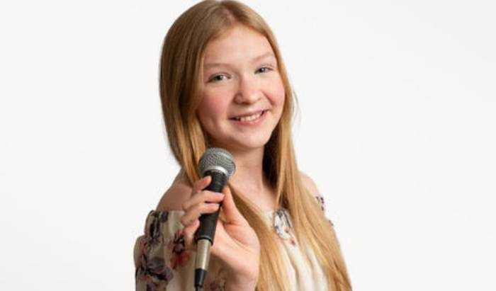 VOICE & SINGING LESSONS image