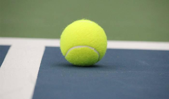 Junior Tennis image