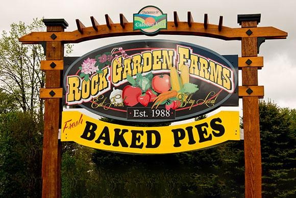 Rock Garden Farms Logo