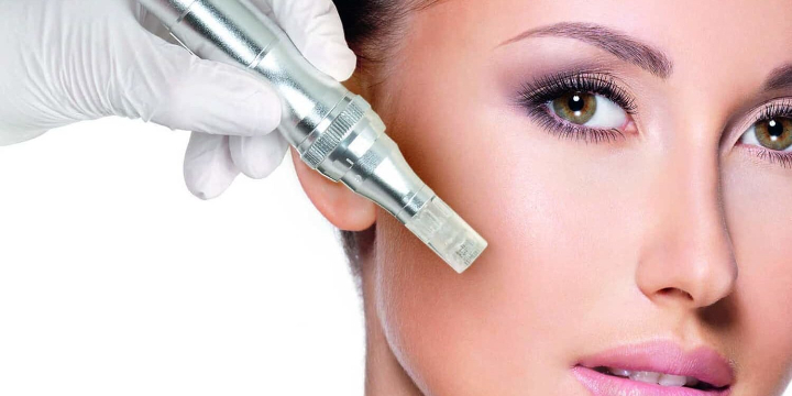 FREE LED light Therapy (25 min) with 4 Micro-Needling Treatments offer image