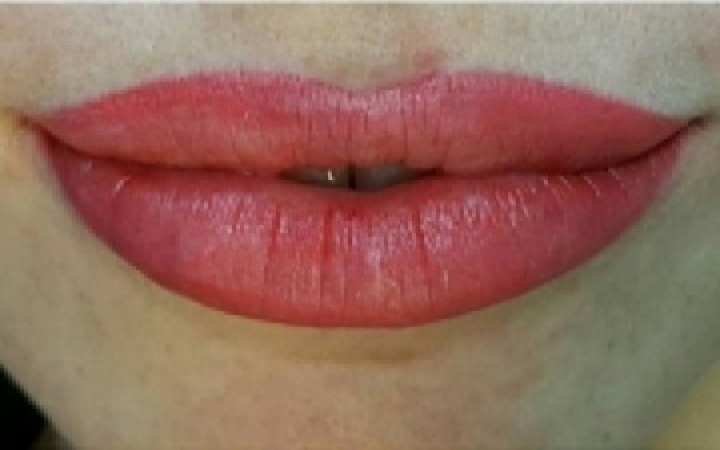 Lips - Permanent Make Up image