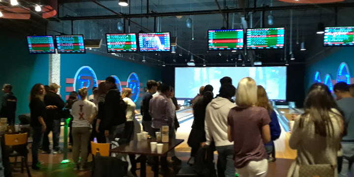Get 1 hour FREE on your first hour of bowling! - Partner Offer Image